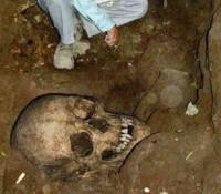 Esqueletos de humanos gigantes destruidos a principios del 1900